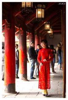 Traditional Dress 5D Mark III | 85mm 1.4