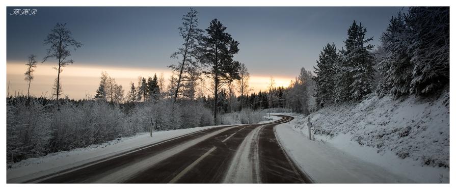 Icy Road | 5D Mark III | 35mm 1.4
