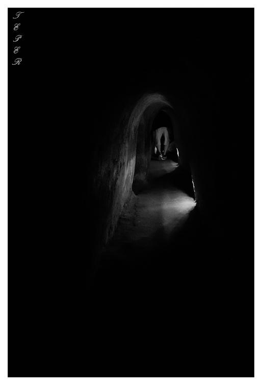 Deep underground   7D   16-35mm 2.8L II