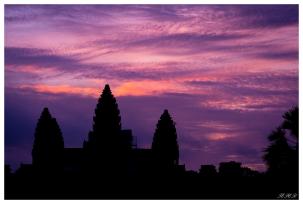 Angkor at Dusk | 7D | 85mm 1.4