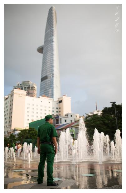 Gaurd keeps a watchful eye, Saigon. 5D3 | 35mm 1.4A | f2.0