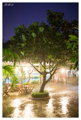 Saigon storm. 5D3   35mm 1.4A   f1.6   iso2500