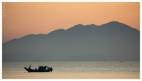 Hoi An sunrise. 5D3 | 100-400L IS II | f6.3