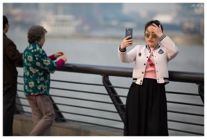 Selfie at the Bund. 5D Mark III   135mm f2L