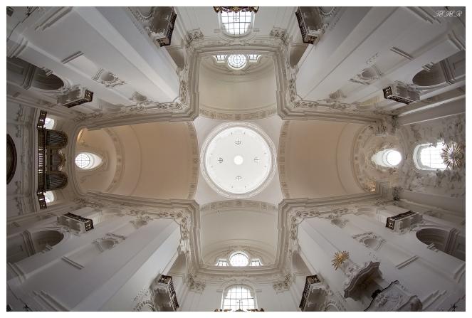 Roof of a church in Salzburg. 5D Mark III | 12mm 2.8 Fisheye