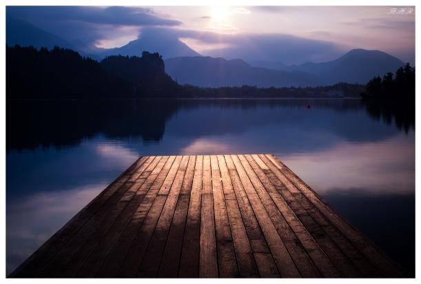 Lake Bled jetty at dawn. 5D Mark III | 45mm 2.8 TS-E | B+W CPL