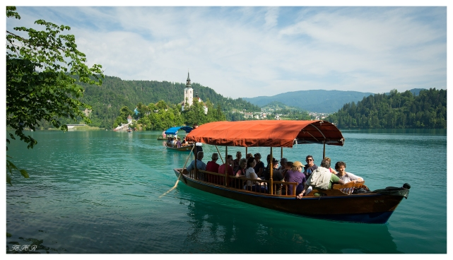 Bled style shuttle service. 5D Mark III | 16-35mm 2.8L II