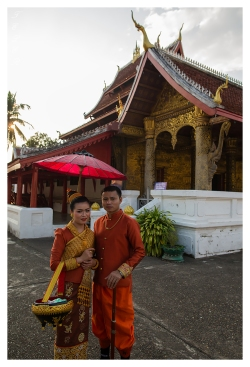 Beautiful couple, Laos. 5D Mark III | 24mm 1.4 Art