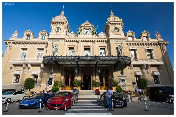 Monte Carlo Casino, Monaco. Canon 5D Mark III   18mm 2.8 Zeiss Milvus