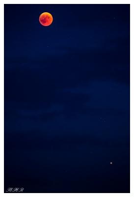 Moon Eclipse 2018. Bavaria, Mars visible. 5D Mark III & 100-400mm 4.5-5.6L IS II