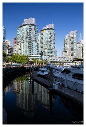 Downtown Vancouver Canada. 5D Mark III   35mm 1.4 Art