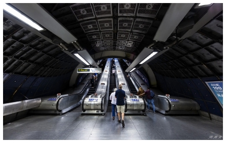 London underground. 5D Mark III | 12-24mm 4.0 Art