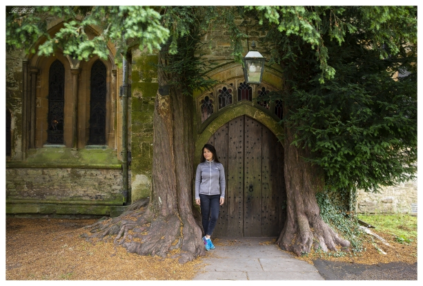 The old door, Cotswolds, England. 5D Mark III | 35mm 1.4 Art