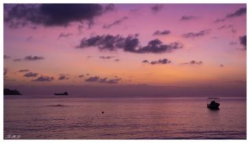 Purple sky, Mahe, Seychelles. 5D Mark III | 50mm 1.4 Art.