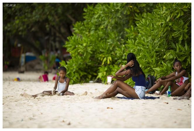 Beau Vallon Beach, Mahe, Seychelles. 5D Mark III   135mm 2L
