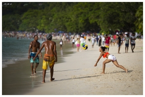 Fun and games on Beau Vallon Beach, Mahe, Seychelles. 5D Mark III   135mm 2L