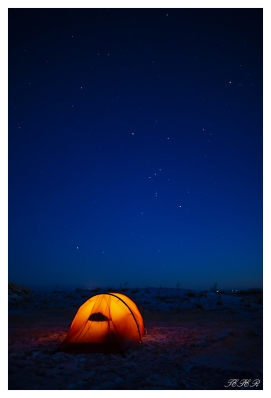 Camping under the stars, Iceland. 5D Mark III | 24mm 1.4 Art