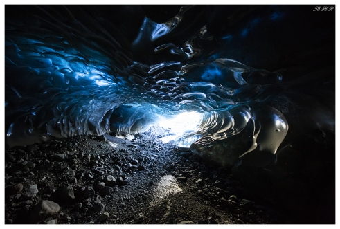 Ice cave, Skaftafell, Iceland. 5D Mark III | 12-24mm f4 Art