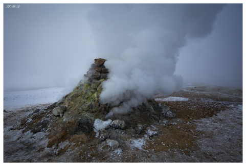 -22 in Hverir, Iceland. 5D Mark III | Zeiss 18mm 2.8 Milvus