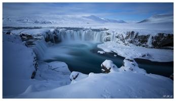 Godafoss, Iceland. 5D Mark III   Zeiss 18mm 2.8 Milvus